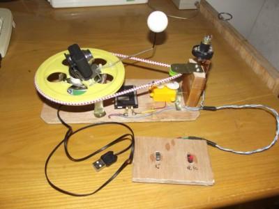 摄像头电动月相盒